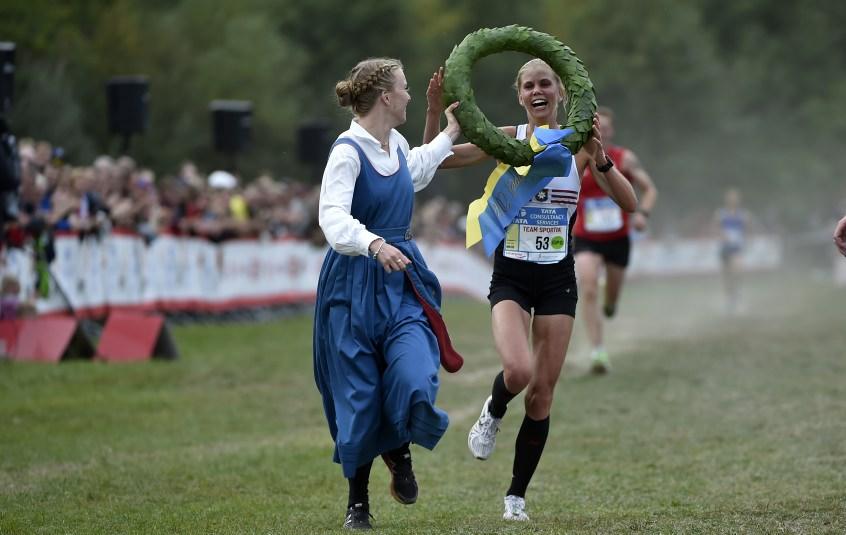 Maria Larsson, Örgryte IS, vinnare 30K, kranskulla, Anna Silvander, IFK Lidingö,