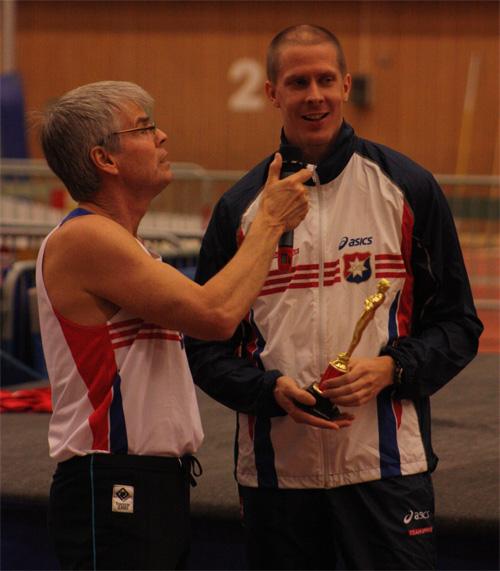 Christian Olsson hoppade högst av alla med sina 2.04m