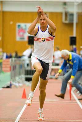 Christian Olsson har givetvis hoppat längst någonsin i Kortbanehoppning med sina 16.07m