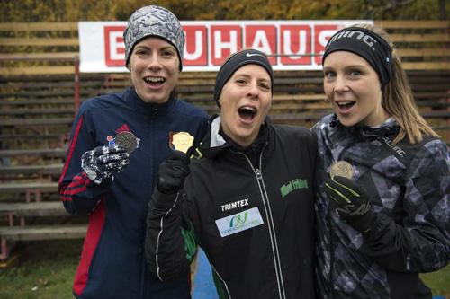 Silvret på 8 km vid SM i terräng gav Ronja (t.v. på bilden) en plats i det svenska NM-laget